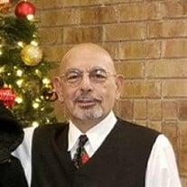 Daniel M Medina